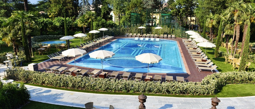 Hotel Simplon - Outdoor Pool.jpg